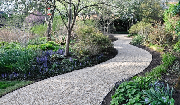 Gravel Stepping Stone Walkway