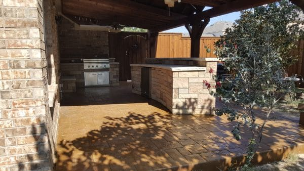 professional outdoor kitchen