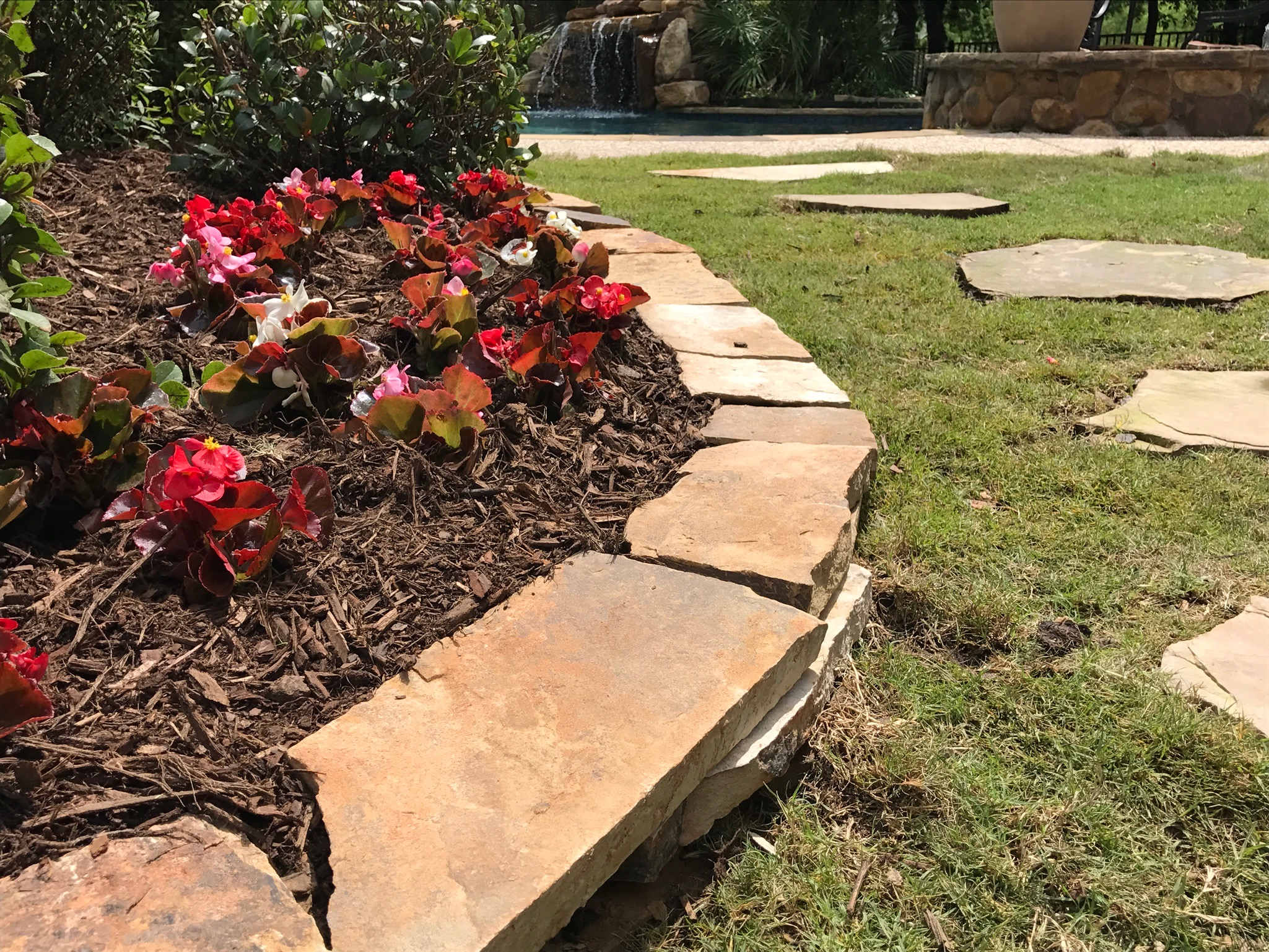 stone border flower bed landscaping stone walkway