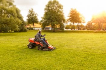 Riding Mowers Lawn Tractors And Garden Tractors Ryno Lawn Care